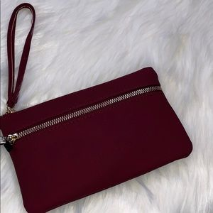 NWT Wristlet With RFID Blocker & Charger